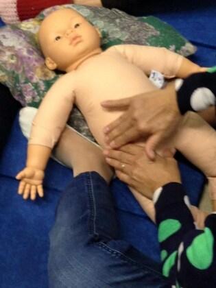 9_massaggioneonatale