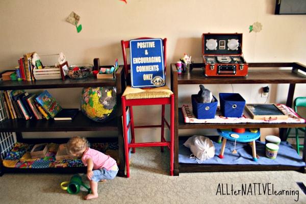play-room-montessori-shelves