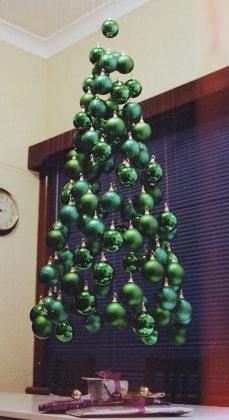albero-natale-palline