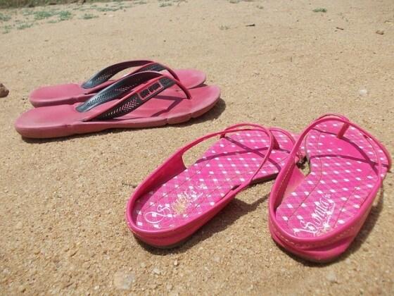 sandals-192817_640