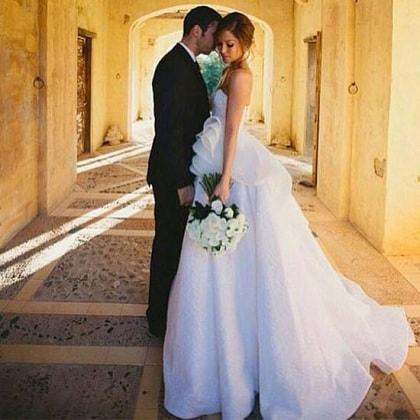 pictures-erin-mcnaught-steven-khalil-wedding-dress