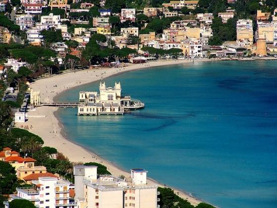 Matrimonio Spiaggia Mondello : Spiagge per bambini le bandiere verdi in sicilia