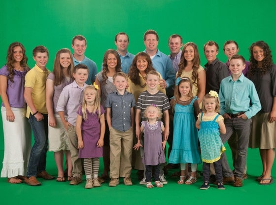 rs_560x415-141120143115-1024-19-kids-and-counting-duggars.ls.112014_copy