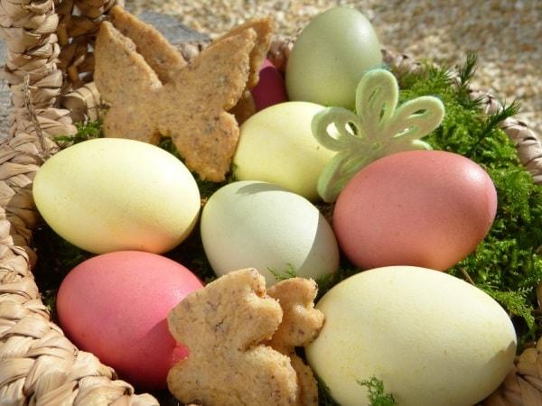 Frasi Di Auguri Di Natale Per Bambini Piccoli.Auguri Di Pasqua Per Bambini Tante Frasi Per Festeggiare