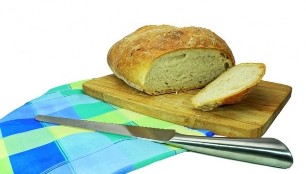 bread-1393446_640