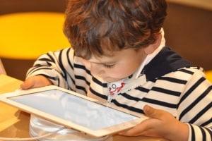bambini_tablet_smartphone