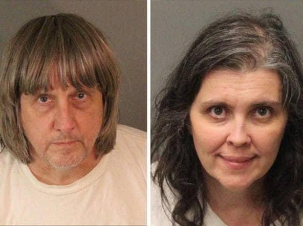 California, per anni tengono i 13 figli in catene: genitori arrestati