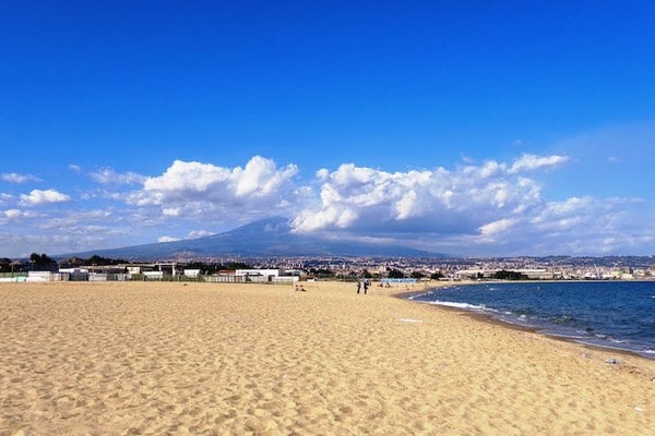 spiaggia-plaja-catania