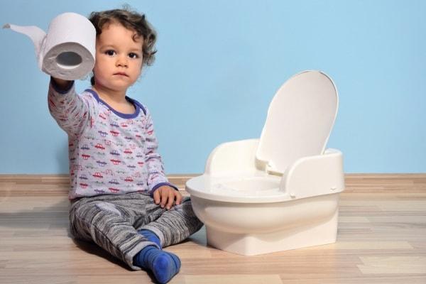 bambino pannolino