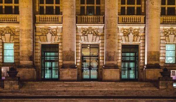 tribunale.600