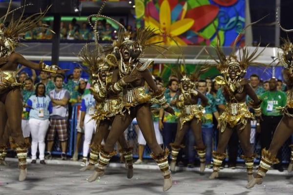 Carnevali dal mondo: tradizioni e usanze varie per la festa più pazza dell'anno