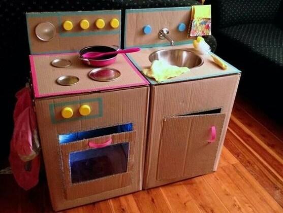 Giochi con le scatole di cartone for Creare cose in casa