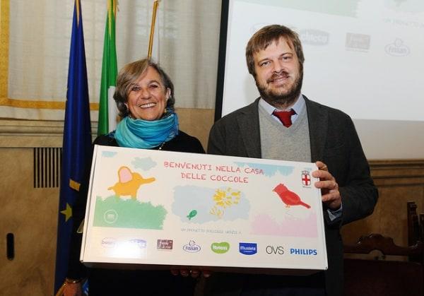 Pacco dono per ogni neonato a Milano: si ritira in farmacia