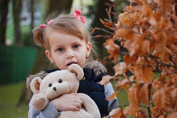 Pedofilia, Telefono Azzurro: nel 2017 un abuso ogni tre giorni