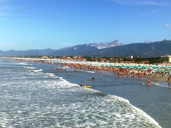 spiaggia-pietrasanta