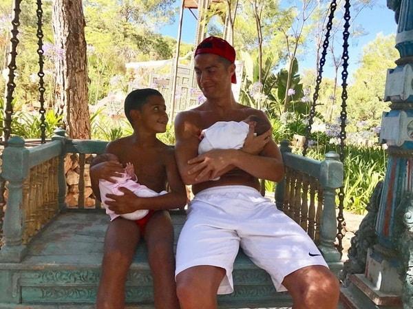 Cristiano Ronaldo, che bomber: quarto figlio in arrivo