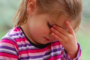 child_with_headache.600