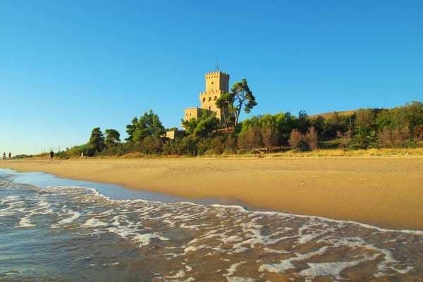 spiaggia-pineto-torre-cerrano