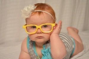 bambina-occhiali.600