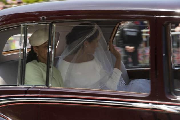 royalweddingsposa0