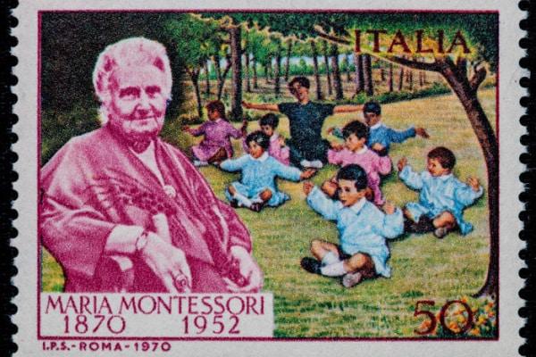 Le dodici frasi più belle di Maria Montessori