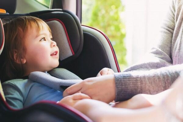 Seggiolino auto bambini