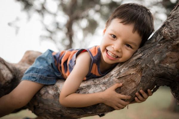 Montessori: 20 attività da fare nella  natura con i bambini