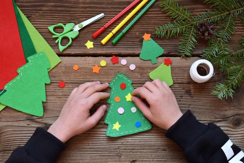 Lavoretti Di Natale Da Fare A Casa Per Bambini.40 Lavoretti Di Natale Bellissimi Da Fare A Casa Nostrofiglio It